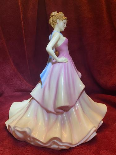"""Royal Doulton Figurine Titled """"Summer Ball"""" from Pretty Ladies Collection HN5464 (1 of 8)"""