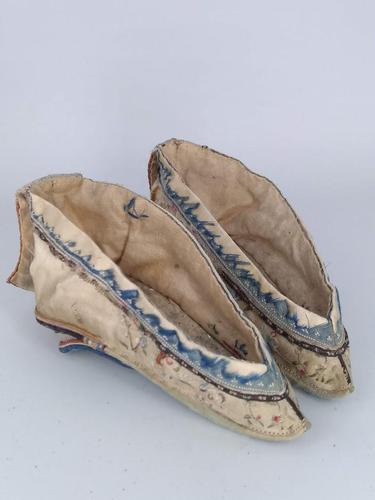 Chinese Foot Binding Shoes (1 of 10)
