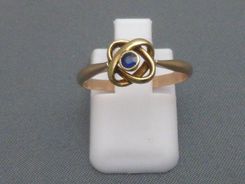 Edwardian 9ct gold ans sapphire Celtic ring (1 of 6)