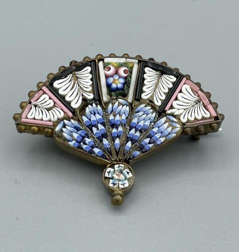 Micro Mosaic Fan Shaped Brooch (1 of 11)