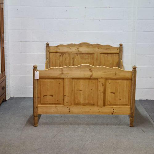 Large Old Pine Sleigh Bed (1 of 5)