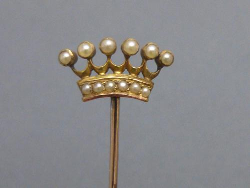 Late Victorian gold & seed pearl crown stickpin (1 of 5)