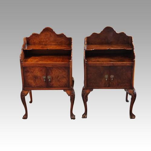 Matched Pair of Walnut Bedside Cabinets 1920's (1 of 8)