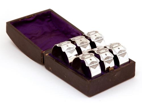 Late Victorian Set of Six Silver Plated Belt and Buckle Style Napkin Rings (1 of 3)