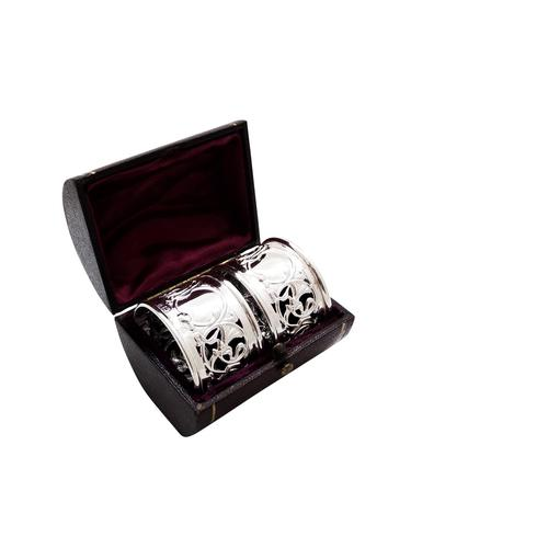 Pair of Antique Edwardian Sterling Silver Napkin Rings in Case 1903 (1 of 9)