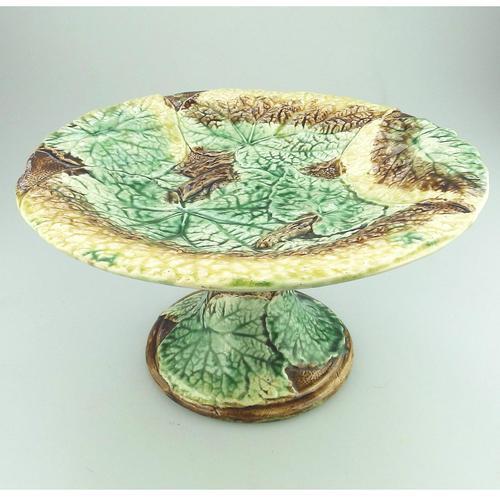 Attractive Majolica Pottery Cabbage Ware Comport / Tazza 19th Century (1 of 6)