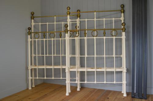 Matching Pair of Victorian Beds, 3ft Single Brass & Iron Bedsteads (1 of 12)