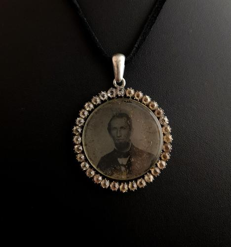 Victorian Mourning Pendant, Silver & Paste (1 of 11)