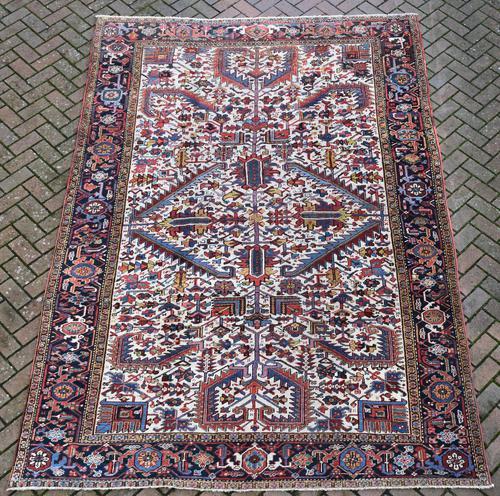 Old Heriz Roomsize Carpet 326x219cm (1 of 9)
