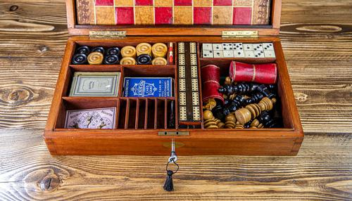 Solid Mahogany Games Box 1850 (1 of 15)