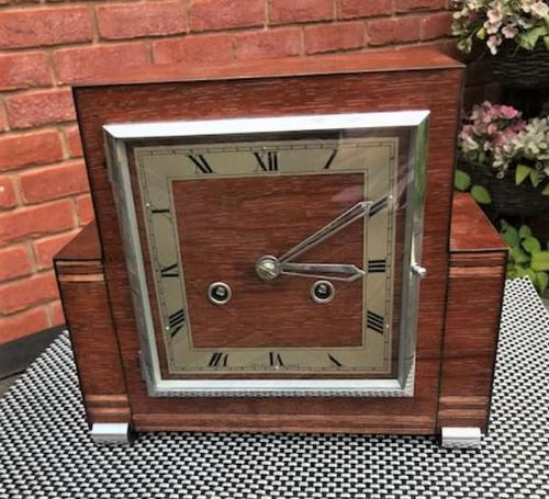 Fabulous and Rare 'Art Deco' Striking Mantle Clock from 1936 by Perivale 'Coronet' of London (1 of 8)