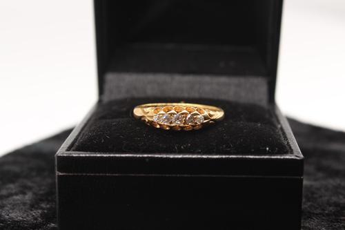 18ct Gold Diamond Ring, size N, weighing 2.6g (1 of 6)