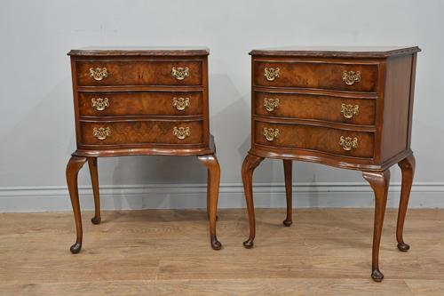 Pair of Queen Anne Style Walnut Bedside Chests Of Drawers (1 of 6)
