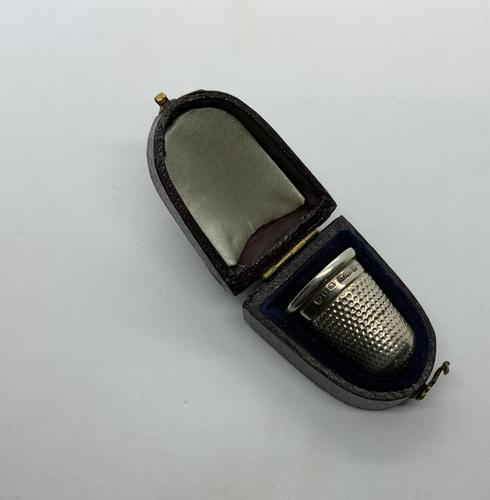 Silver Thimble & Case (1 of 5)