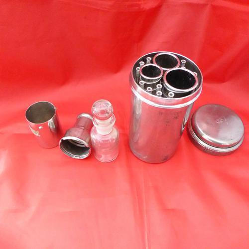 Cased Medical Bottle & Syringe Holder (1 of 2)