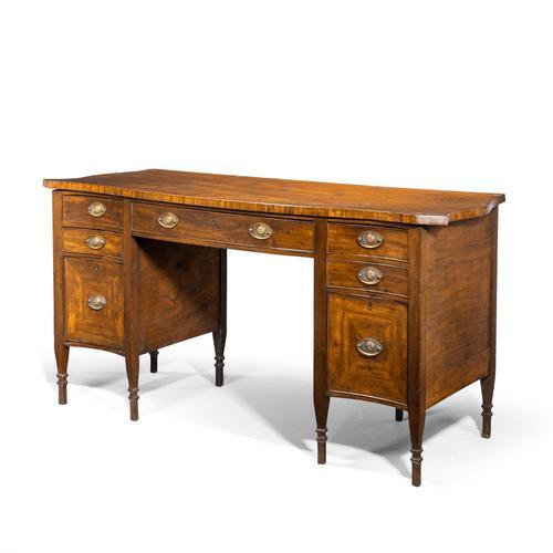 Good George III Period Mahogany Sideboard (1 of 5)