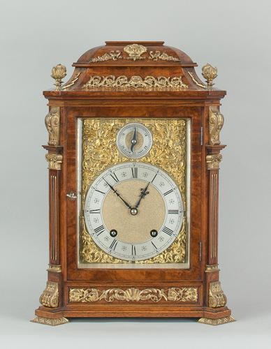 Fine quality burr walnut bracket clock by Lenzkirch of Germany, with a quarter chiming movement c.1903 (1 of 14)