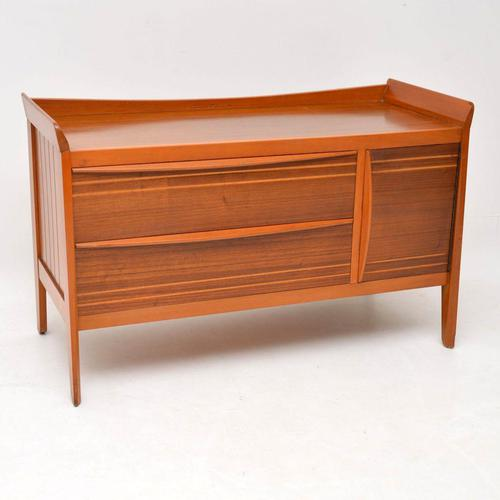 1950's Vintage Walnut Sideboard (1 of 11)