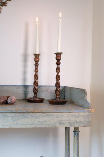 Pair of 1930's Oak Spiral Turned Candlesticks (1 of 11)