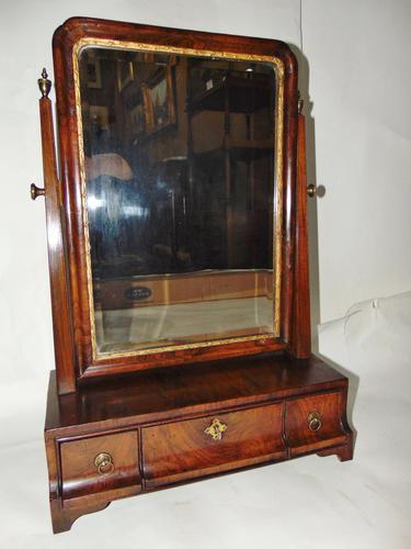 George II Veneered Walnut Toilet Mirror (1 of 6)