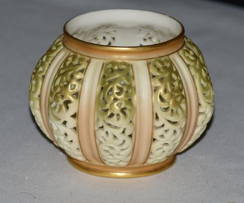 1903 Edwardian Royal Worcester Hand Painted Reticulated Vase, Shape 202 (1 of 5)