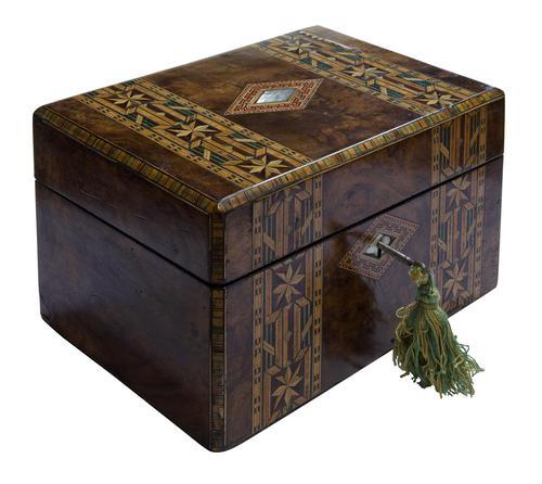 Beautiful Tunbridge Ware Box (1 of 8)