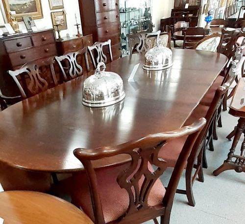 Extendable Oak Dining Table (1 of 6)
