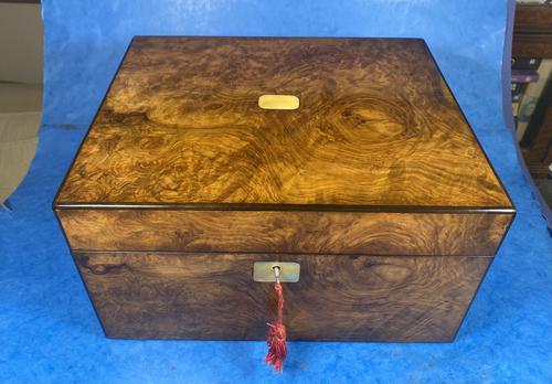 Victorian Figured Walnut Box (1 of 10)