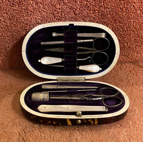 Tortoiseshell Necessaire 'Or Etui' Complete With Original Fittings, Stamped by Lund, Cornhill, London (1 of 5)