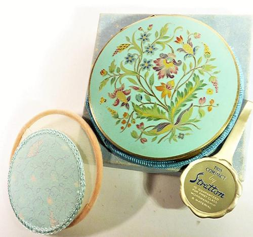 Rare Unused 1930s Hand Painted Enamel Stratton Powder Compact (1 of 8)