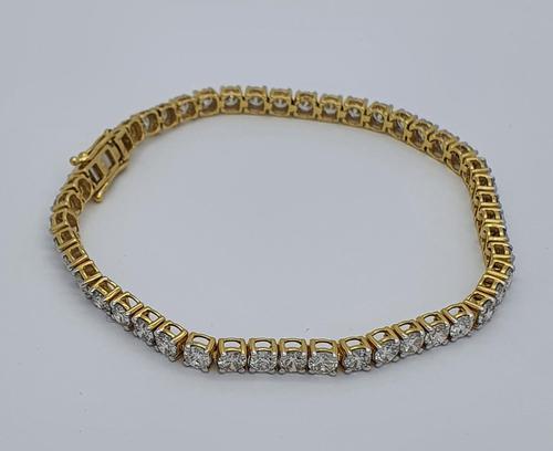 18ct YG Diamond Tennis Bracelet with Safety Clasp (1 of 6)
