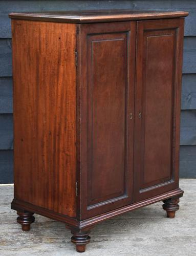 Unusual Georgian Small Proportioned Mahogany Cabinet / Cupboard with Interior Drawers (1 of 10)