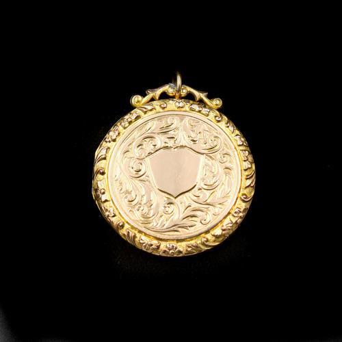 Antique Edwardian Engraved Fancy Round Rolled Gold Photo Locket Pendant (1 of 7)