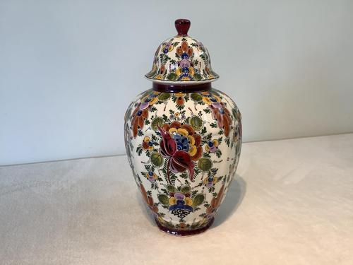 Dutch Delft Urn (1 of 3)