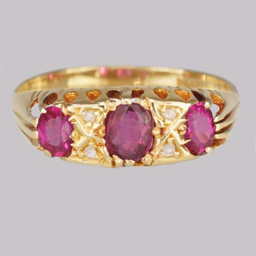 Antique Ruby & Diamond Ring Victorian 18ct Gold Diamond Ruby Trilogy Ring c.1900 (1 of 11)