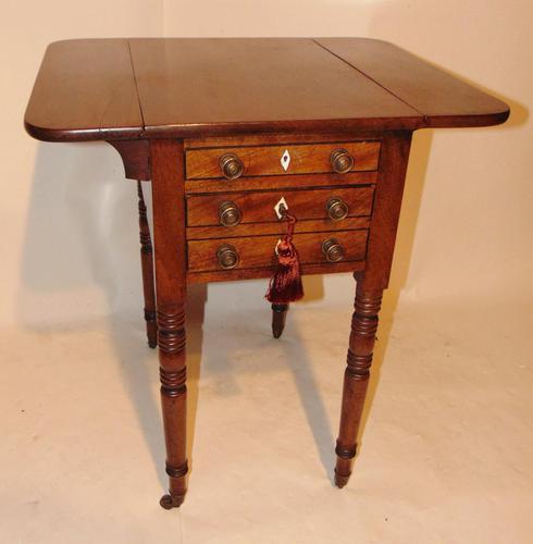 Georgian Mahogany Pembroke work Table (1 of 8)
