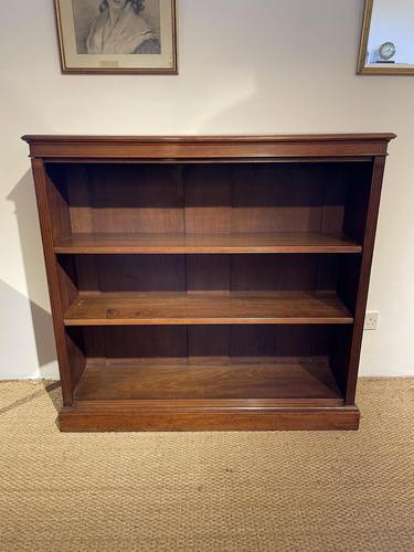 Bookcase Victorian (1 of 12)