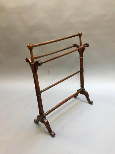 Victorian Towel Rail (1 of 5)