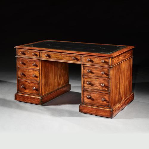 Fine Honduras Mahogany 19th Century Pedestal Desk (1 of 4)