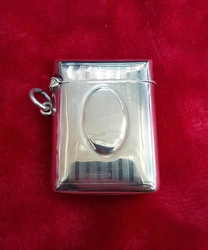 Sterling Silver Vesta Case (1 of 3)