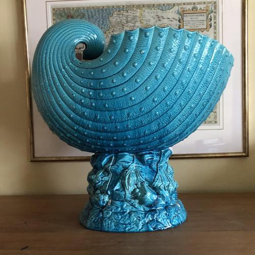 Burmantofts Faience Turquoise Glazed Shell Jardiniere (1 of 12)