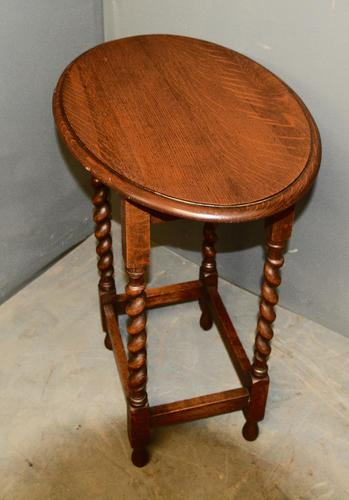 Oak Barley Twist Lamp Table (1 of 4)