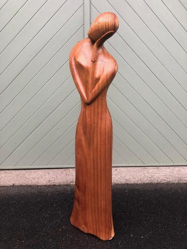 Unusual Carved Wooden Sculpture Faceless Lady (1 of 7)