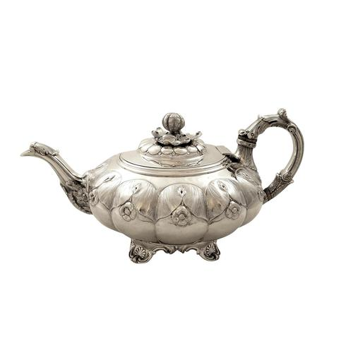 Antique Georgian Sterling Silver Teapot 1828 (1 of 10)