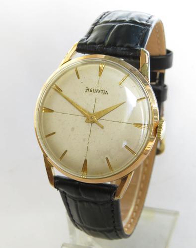 Gents 1950s Helvetia Wristwatch (1 of 5)