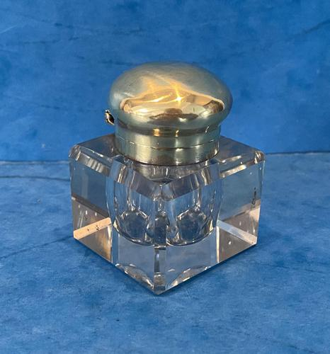 Victorian Cut Glass Inkwell with a Brass Top (1 of 10)