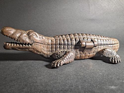 Crocodile Vesta Cigarette Case (1 of 5)