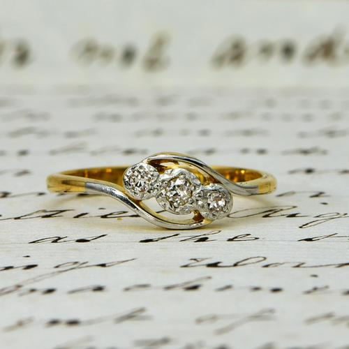 The Vintage Trio Star Illusion Set Diamond Ring (1 of 5)