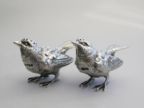 Pair of George V Novelty Silver Wren Peppers, by R H H, Sheffield, 1926 (1 of 12)