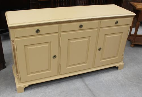 1960s Painted Dresser Base with Cupboards and Drawers (1 of 4)